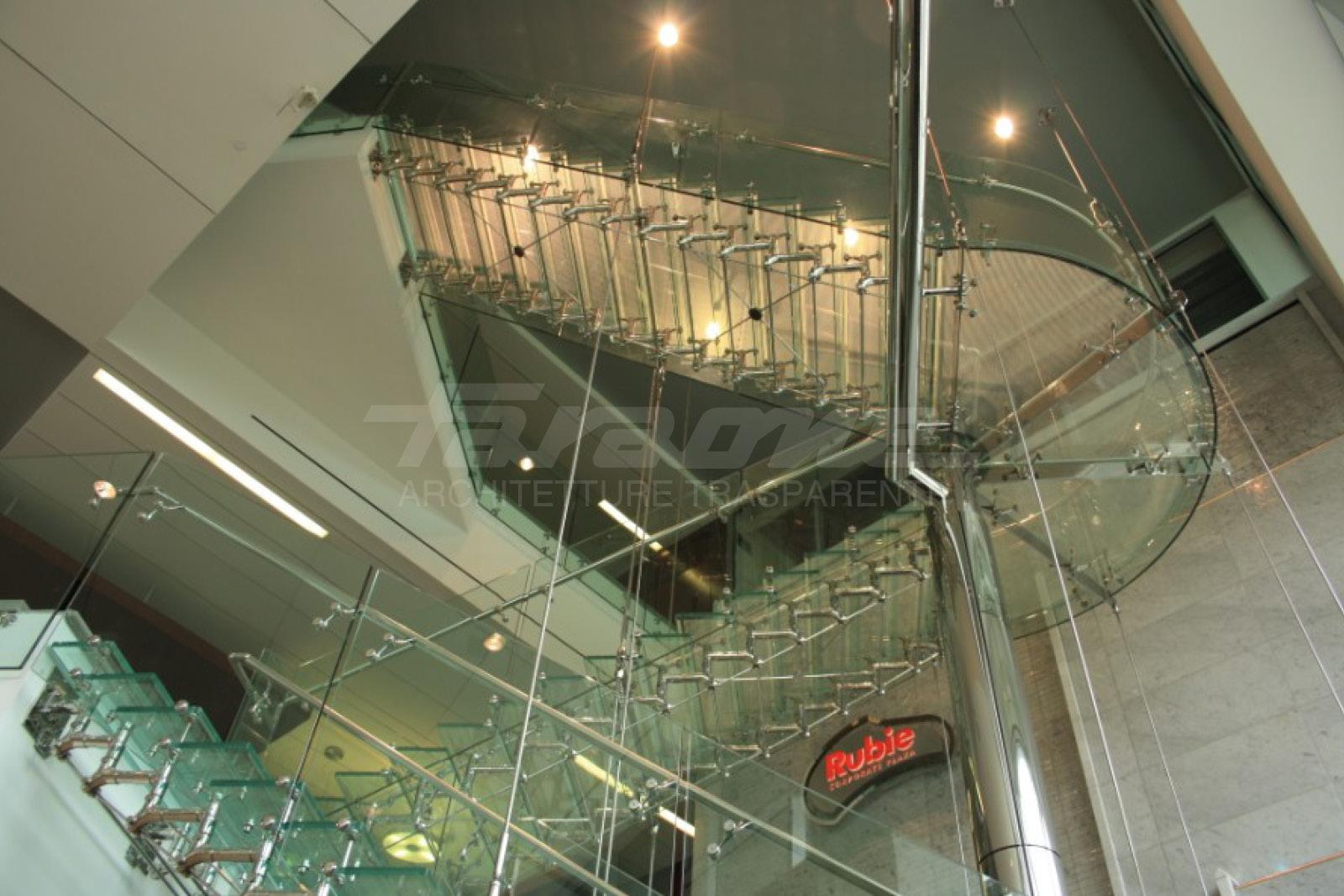 scale in acciaio e vetro Regale