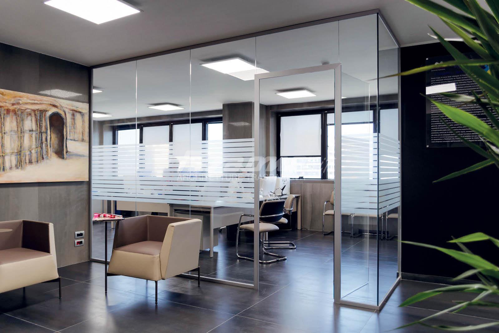 Pareti divisorie Spazio in vetro e alluminio