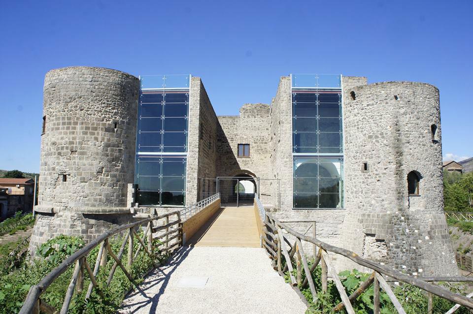 Castello-Calvi-Risorta-(1)